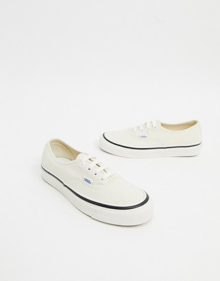 Vans Anaheim Authentic 44 DX sneakers in white
