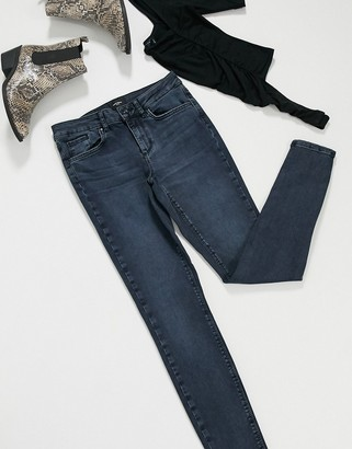 Vero Moda skinny jeans in blackblue
