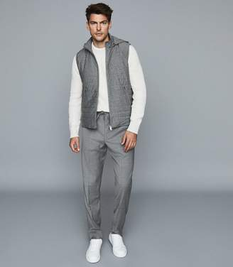 Reiss BOXLEY DETACHABLE HOODED QUILTED GILET Charcoal