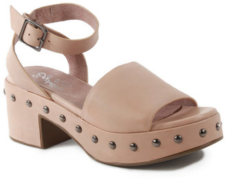 Seychelles Spare Moments Leather Sandal