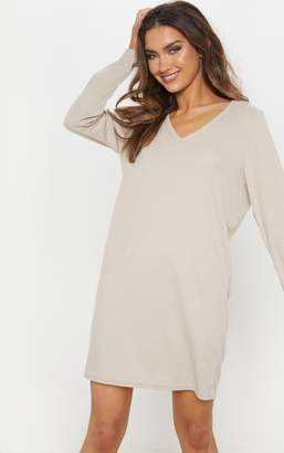 PrettyLittleThing Sand V Neck Ribbed Long Sleeve T Shirt Dress