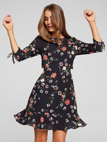 Portmans Sienna Sparse Floral Tea Dress