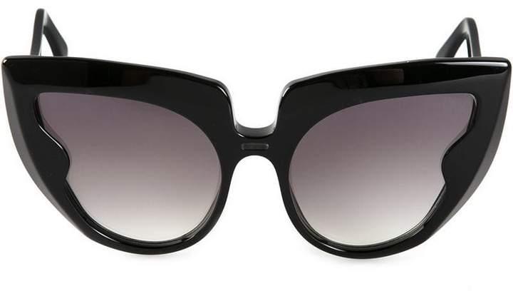 Barn's 'Diva Frame' sunglasses