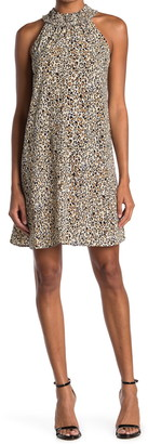 Gabby Skye Leopard Print Sleeveless Shift Dress