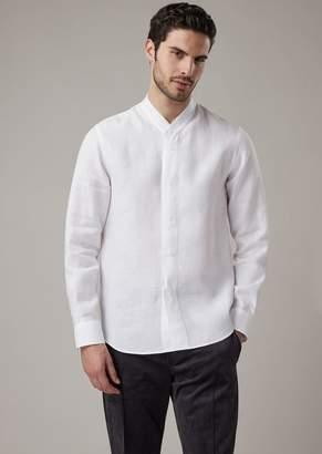 Giorgio Armani Regular-Fit V-Neck Shirt In Pure Linen