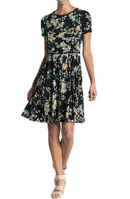 Maggy London Daisy Patterned Fit & Flare Dress