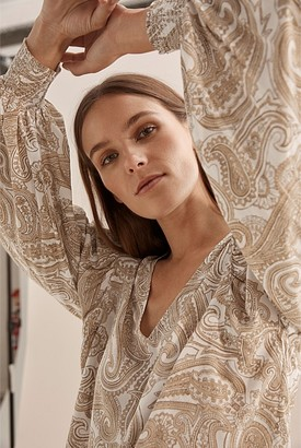Country Road Winter Paisley Popover