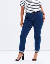 Straight Leg In Bluebell Wash Jeans
