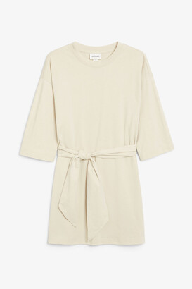 Monki Tie-waist dress