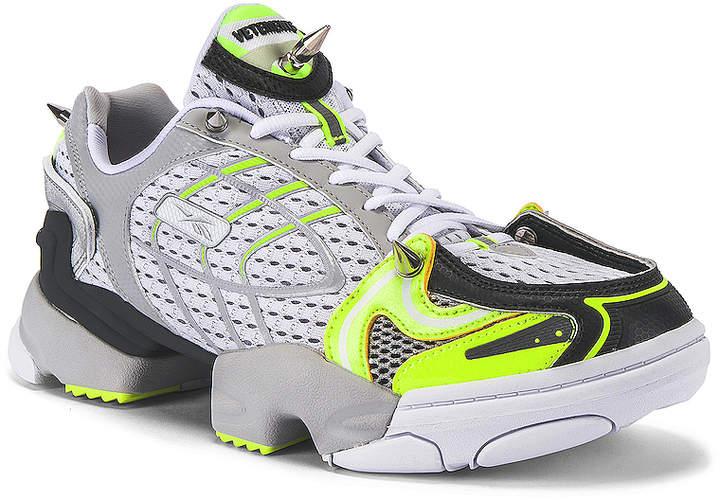 Vetements Spike Runner 400 Sneaker in Fluo Yellow   FWRD