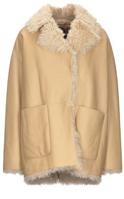 Dacute Coat