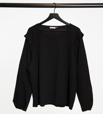 Only Curve sweatshirt with shoulder detail in black