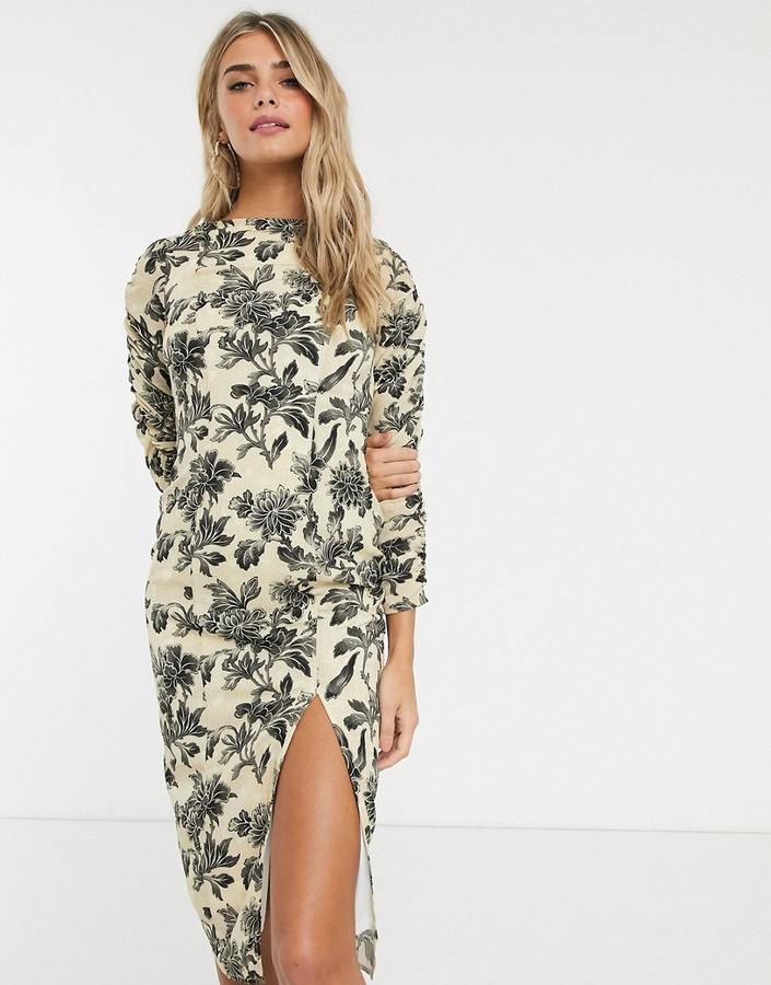 Thumbnail for your product : Hope & Ivy pencil dress in wallpaper floral