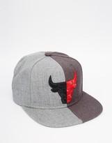 Mitchell & Ness Split Crown Chicago Bulls Snapback Cap