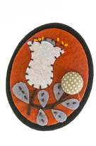 Bargain World Tulip Button Felt Brooch
