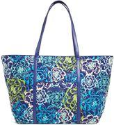 Vera Bradley Trimmed Vera Traveler Bag
