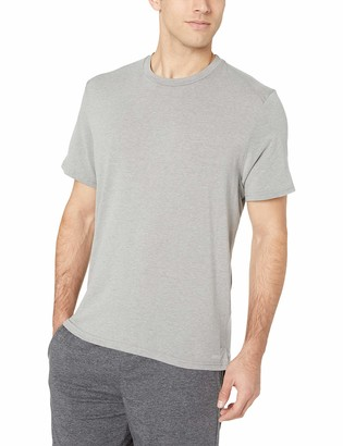 Amazon Essentials Men's Performance Cotton Short-Sleeve T-Shirt
