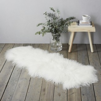 The White Company Tibetan Sheepskin Rug, Ivory, Medium