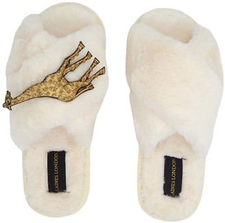 Laines London Cream Fluffy Slippers With Luxe Giraffe Brooch