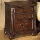 Signature Design by Ashley Leahlyn 2-Drawer Nightstand