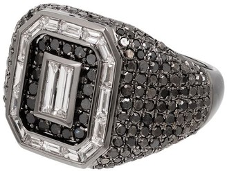 Shay 18kt black gold diamond Champion ring