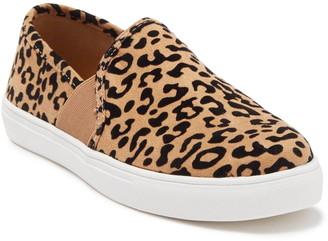 Fergie Stevie Slip-On Leopard Printed Sneaker