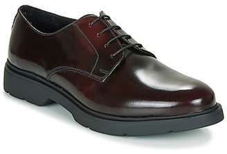 Andre CHAD men's Casual Shoes in Red