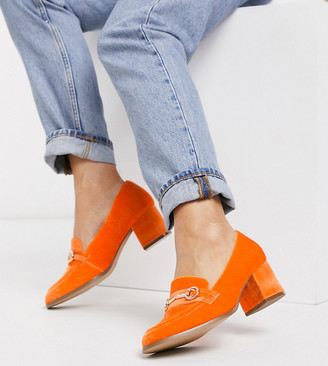 ASOS DESIGN Wide Fit Stirrup mid-heeled loafers in orange velvet