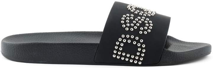 DSQUARED2 studded logo slides