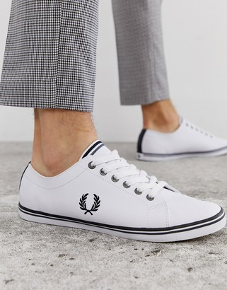 Fred Perry Kingston leather sneaker with logo crest