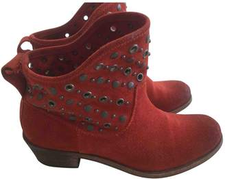 Hoss Intropia Red Suede Boots