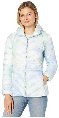 Bernardo Fashions EcoPlume Printed Packable Puffer Jacket (Blue Tie-Dye) Women's Jacket