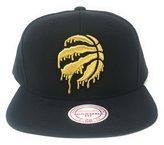 Mitchell & Ness Men's Toronto Raptors Liquid Gold Snapback Cap O/S /Gold