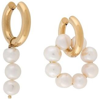 Timeless Pearly Pearl-Embellished Hoop Earrings