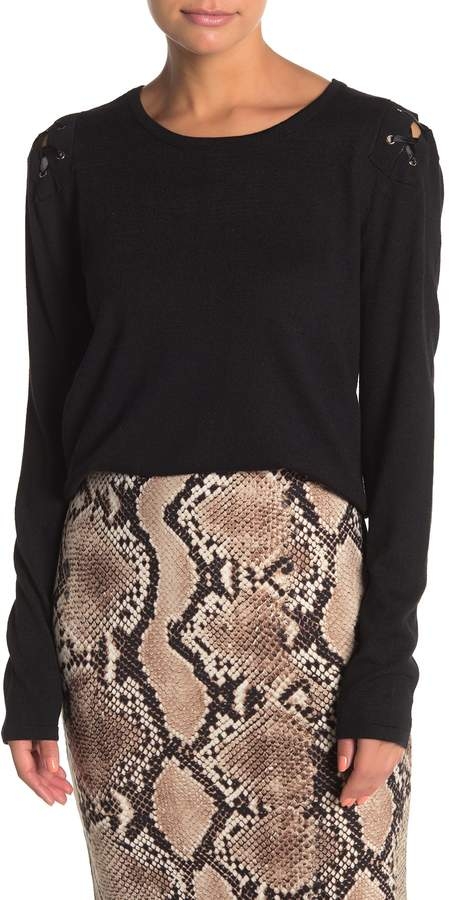 Blvd Lace-Up Detail Long Sleeve T-Shirt