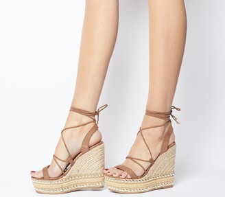 Office Hula Ghillie Chunky Wedges Tan With Studs