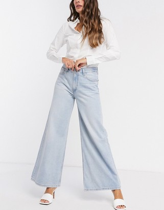 Levi's loose ultra wide leg in light wash blue