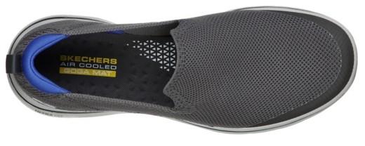 Go Walk 5 Round Toe Slip On Sneakers Black