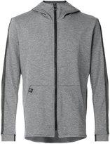 Hydrogen light-weight zipped jacket