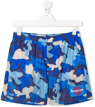 Moncler Enfant TEEN camouflage print swimming shorts