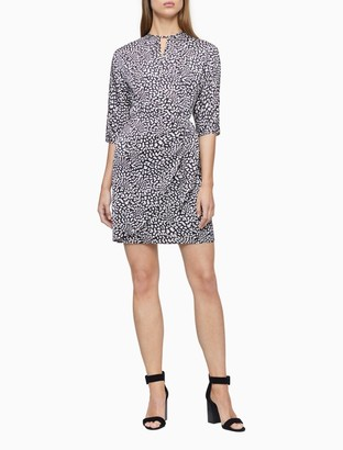 Calvin Klein Floral Short Sleeve Ruched Keyhole Dress