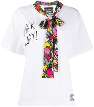 Boutique Moschino pussy-bow slogan T-shirt