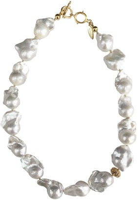 Farra Natural White Baroque Pearls Short Necklace