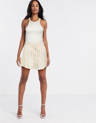 Y.A.S Finella paperbag waist shorts