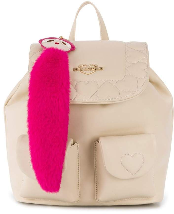 LOVE MOSCHINO quilted heart backpack的圖片搜尋結果