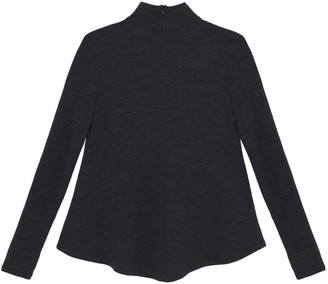 Turtle Neck In Charcoal Gray