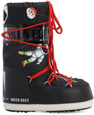 Moon Boot SPACE MAN PRINTED NYLON SNOW BOOTS