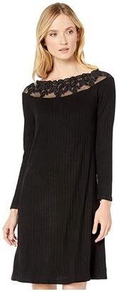 Tribal On Off Shoulder Knee Length Dress (Black) Women's Clothing