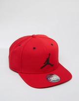 Nike Jordan Jumpman Snapback Cap In Red 619360-689