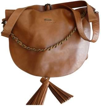 Ikks Camel Leather Handbags